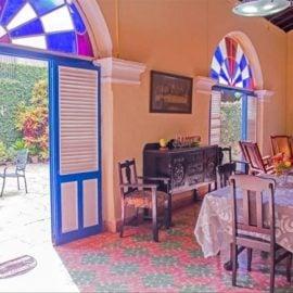 Las Parrandas colonial inn Remedios
