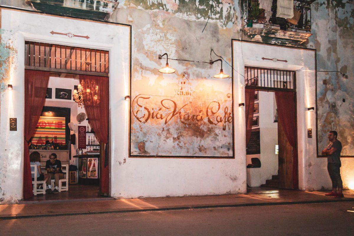Sia Kara Havana Paladar Restaurant Havana VIP